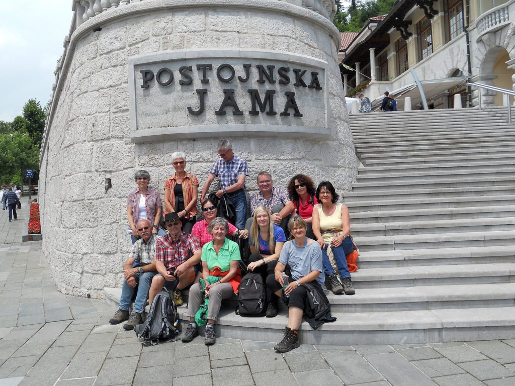 Vor der Postojnska Jama